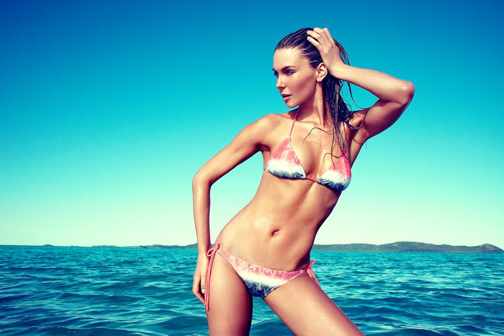Version Jen hawkin bikini